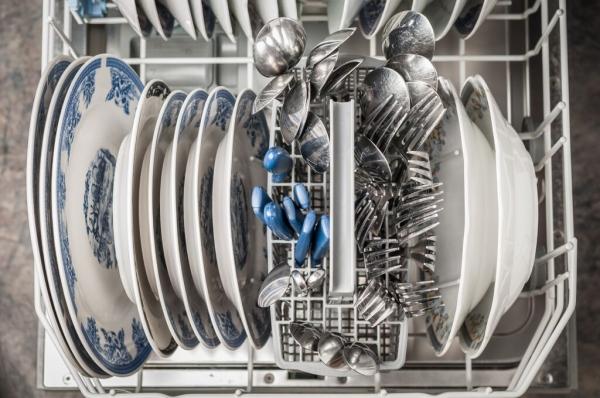 Helytelenül rendezzük az edényeket a mosogatógépbe, és nem szárítjuk ki használat után